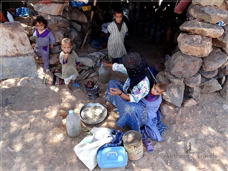 Camel Desert Trek - Day 2: the nomad woman with all her children