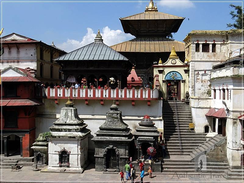 Kathmandu - Pashupatinath - the main Hindu Temple