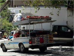 Samothraki Island: Lakoma Village - mobile fruit market
