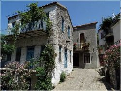 Samothraki Island: Hora - the capital of Samothraki Island (traditional houses)