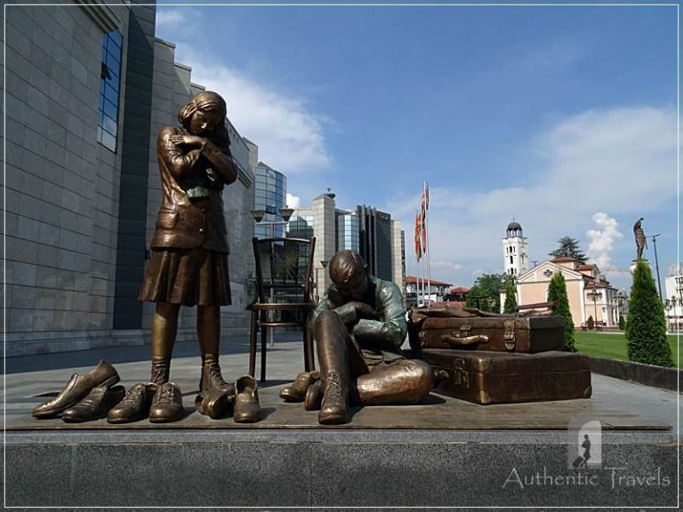 Skopje (new, modern town) - statues in front of the Holocaust Museum