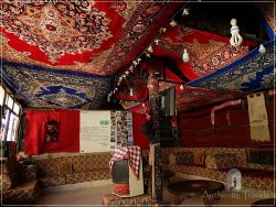 Dana Tower Hotel - the majlis covered with Bedouin carpets