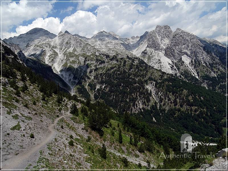 Trek Valbona Theth: close to Valbona Pass